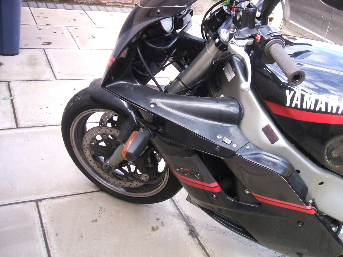 1993 Yamaha FZR1000 For Sale (picture 4 of 4)