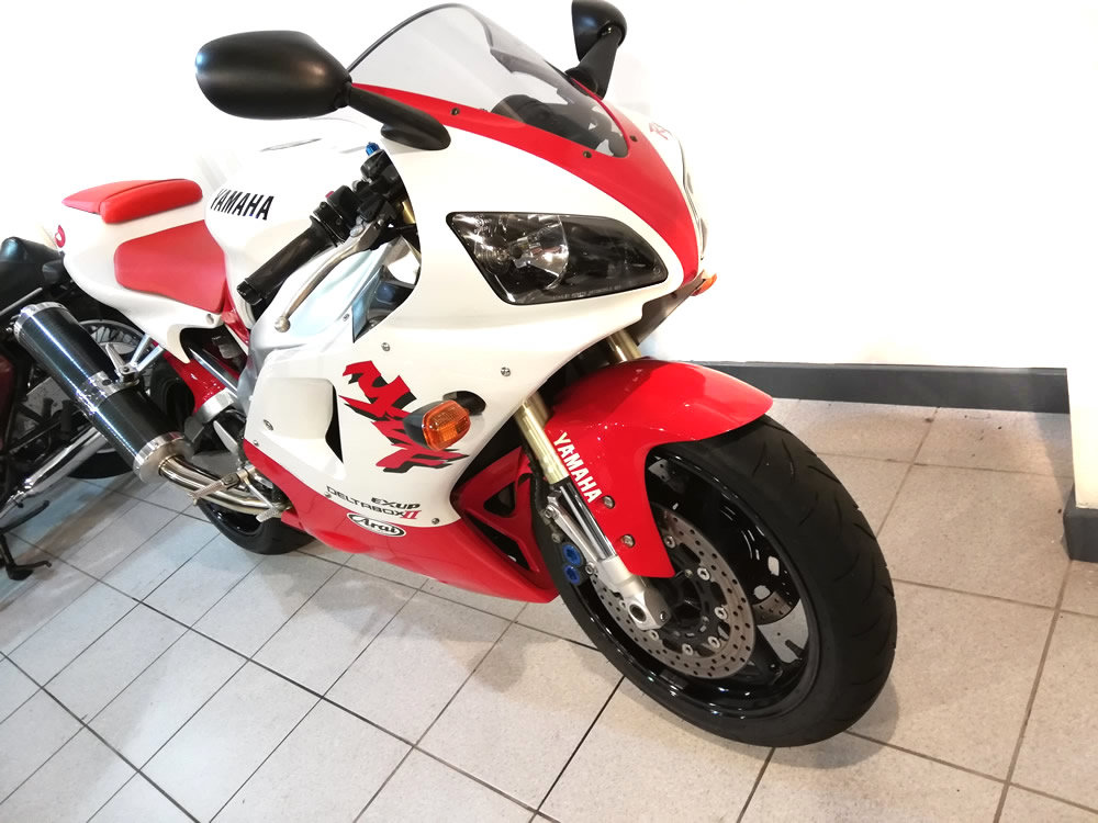 1998 Yamaha YZF-R1 For Sale (picture 2 of 6)