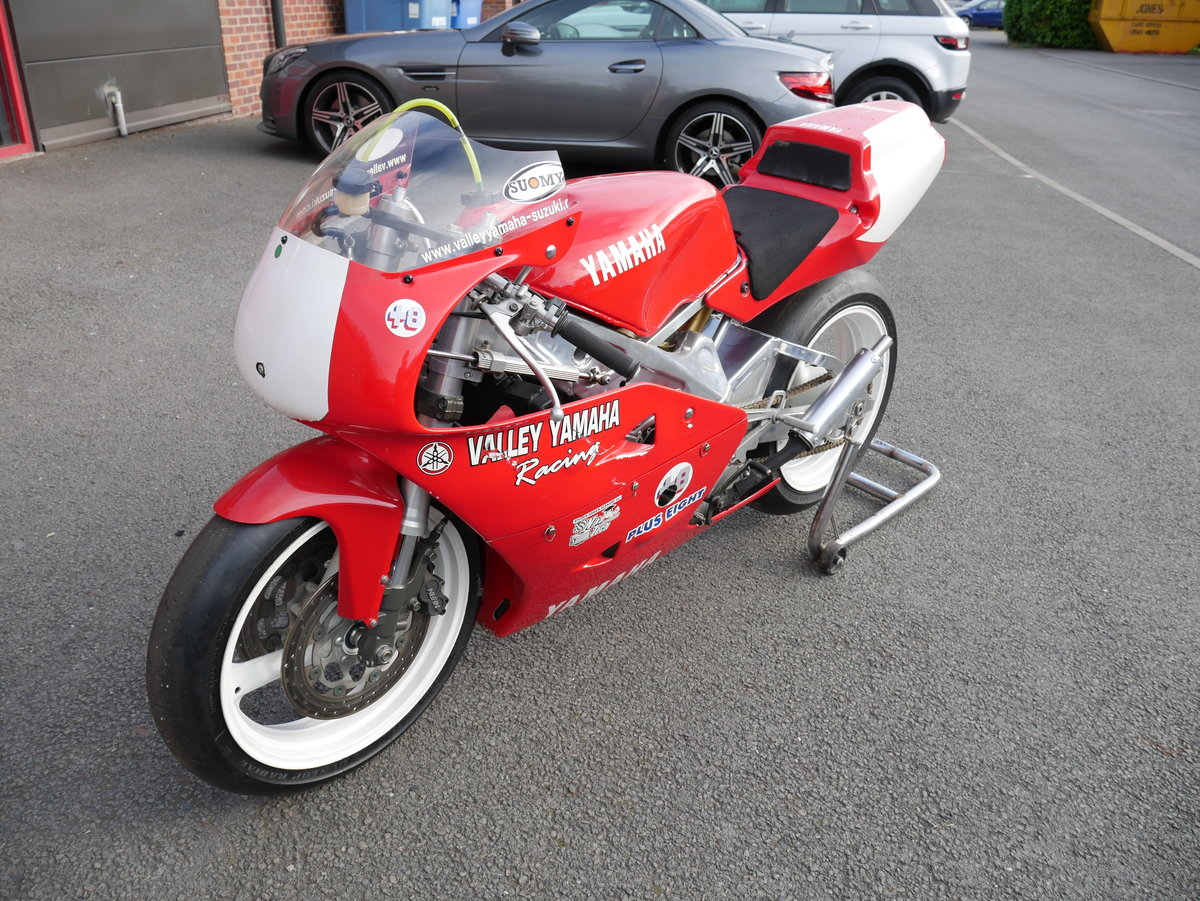 1992 Yamaha TZ 250 Vtwin SOLD (picture 2 of 6)