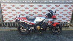 Yamaha FZ750 Sports