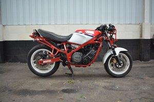 1986 Yamaha FZ750 1FN