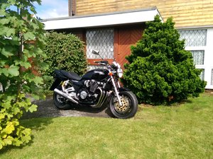 2000 Yamaha XJR 1200