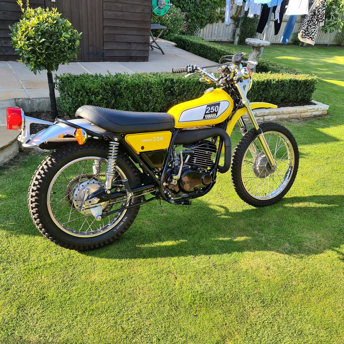 1975 Yamaha DT250b  SOLD (picture 6 of 6)
