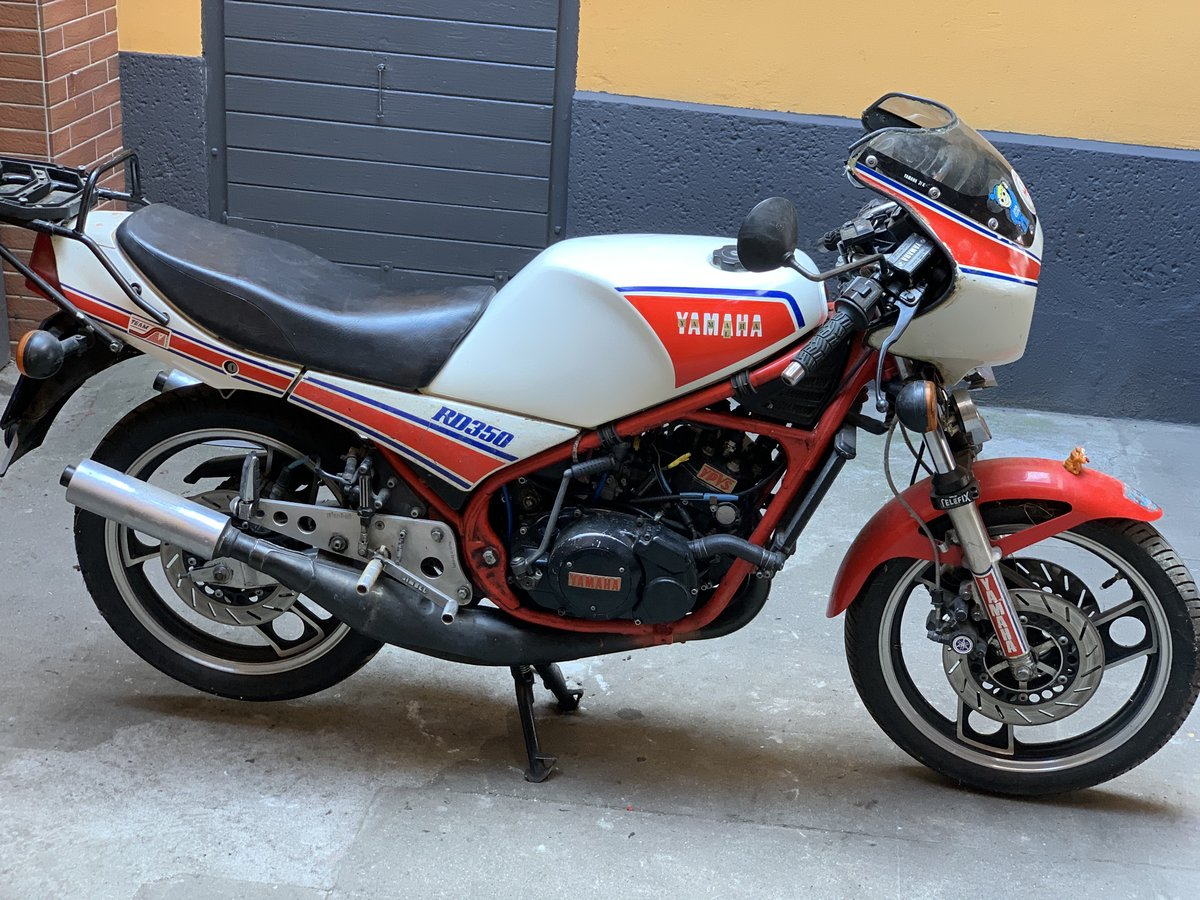 1983 Yamaha RD350 31K YPVS SOLD (picture 1 of 6)