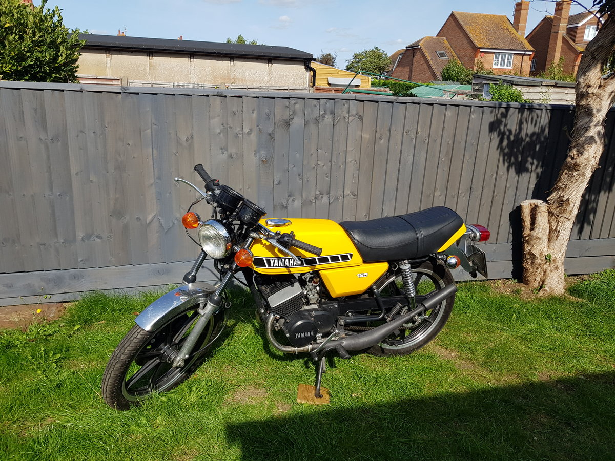 1980 Yamaha RD125 DX SOLD (picture 1 of 6)