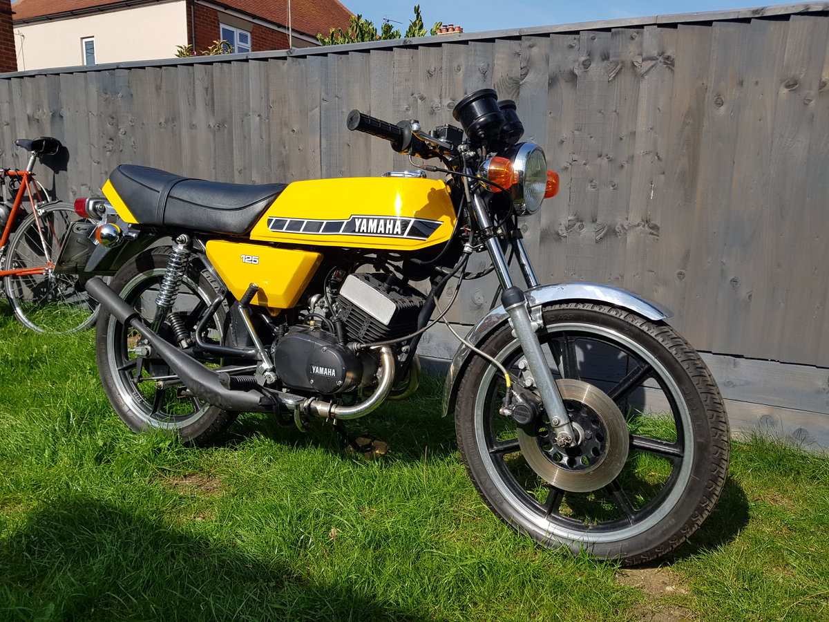 1980 Yamaha RD125 DX SOLD (picture 3 of 6)