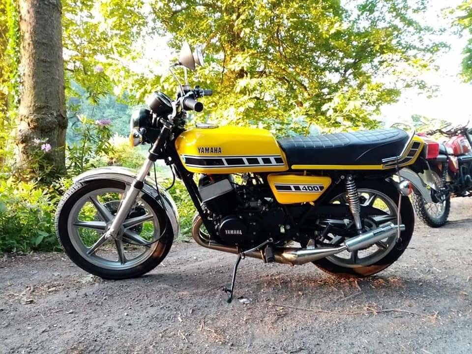 1977 Yamaha RD400 D UK spec  For Sale (picture 2 of 4)