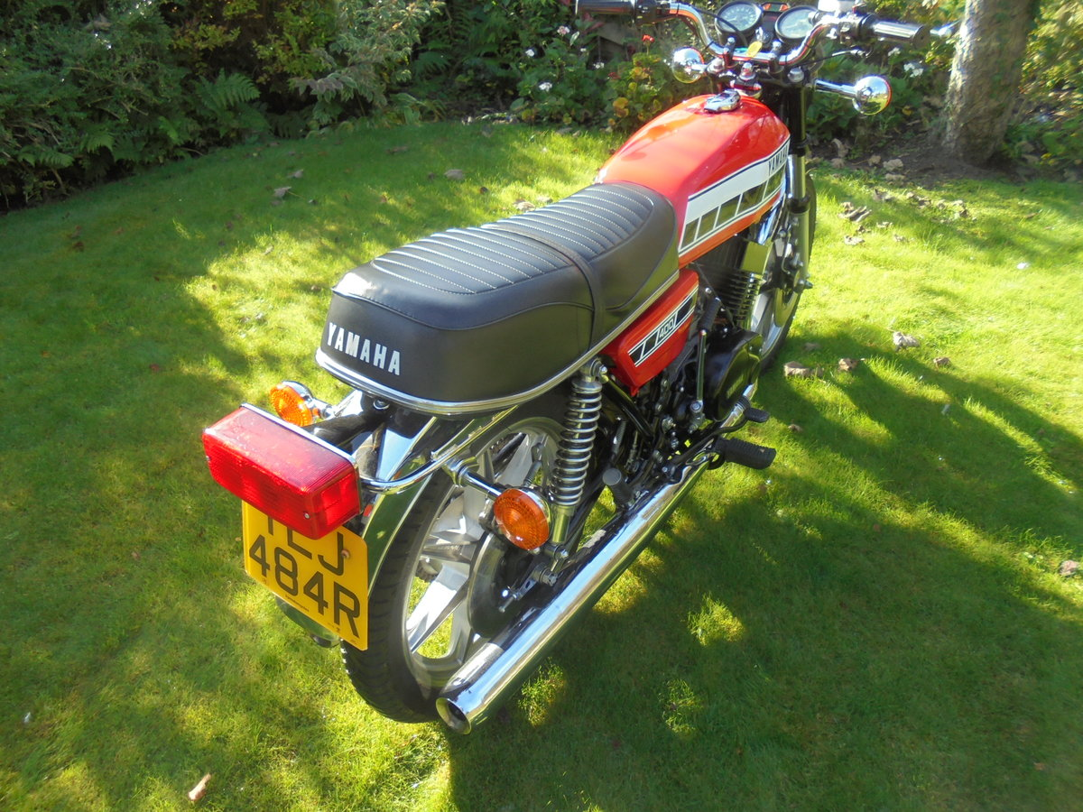 1977 yamaha rd400 pristine condition For Sale (picture 6 of 6)