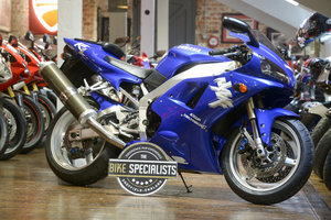 Yanaha YZF-R1 Very Desirable Early 1998 Example