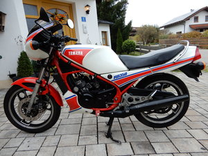 Yamaha RD350 YPVS 31K Matching numb. Unrestored 17.398 miles