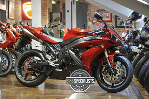 Picture of 2005 Yamaha YZF-R1 Superb low mileage example For Sale