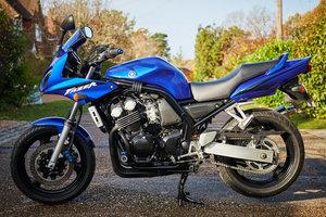 Yamaha FZS600 Fazer, 1 previous owner, 2700 miles
