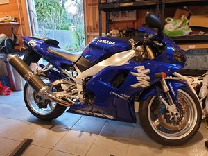 Superb original Yamaha YZF1000 R1 4XV - NOW SOLD