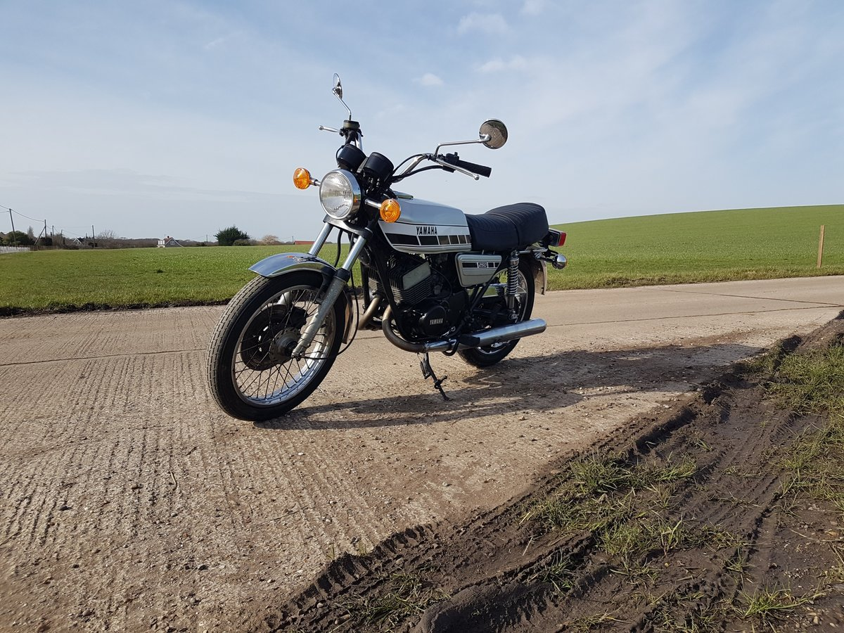 1976 Yamaha RD250C Rare wire wheel with rear disc model For Sale (picture 8 of 8)