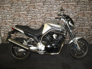 Picture of 2004 04-reg Yamaha BT 1100 Bulldog finished in silver For Sale