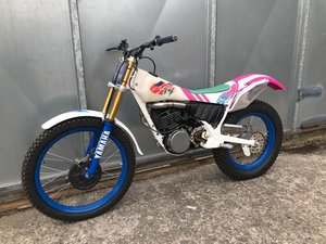 Picture of 1988 YAMAHA TY 250 PINKY MONO TRIALS VERY TRICK MINT BIKE! £4295 For Sale