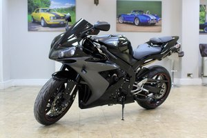 Picture of 2007 Yamaha YZF-R1 - 16,000 Miles & Various Upgrades For Sale