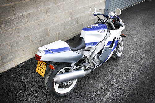 1991 Yamaha FZR 1000 **SOLD** For Sale (picture 4 of 6)