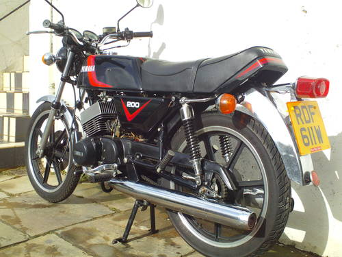 1981 YAMAHA RD200 F SOLD (picture 4 of 6)