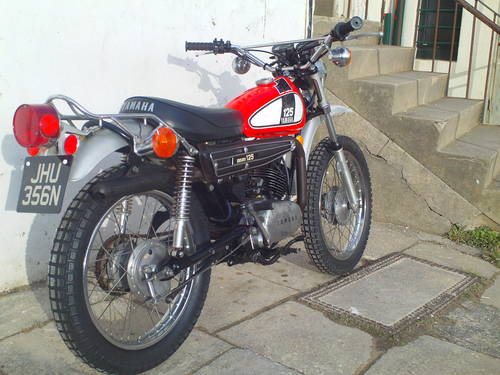 1975 YAMAHA DT125 ENDURO SOLD (picture 2 of 6)