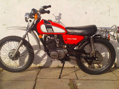 1975 YAMAHA DT125 ENDURO SOLD (picture 3 of 6)