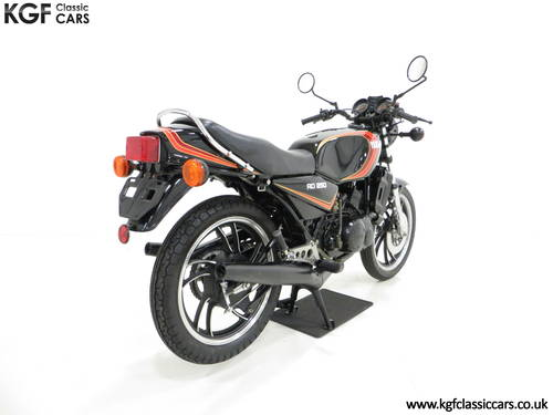 A New and Unregistered UK 1981 Yamaha RD250LC with 0.9 Miles SOLD (picture 5 of 6)