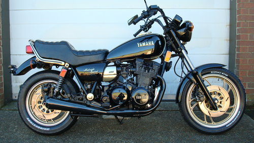 Yamaha XS1100 LH MIDNIGHT SPECIAL 1981-W **7300 MILES** SOLD (picture 1 of 6)