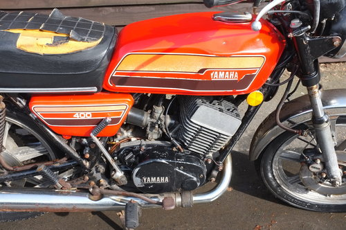 Yamaha RD 400C RD400 C 1976 BARN FIND exceptional condition  SOLD (picture 3 of 6)