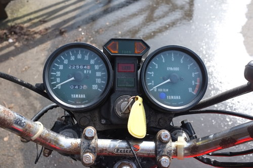 Yamaha RD 400C RD400 C 1976 BARN FIND exceptional condition  SOLD (picture 5 of 6)