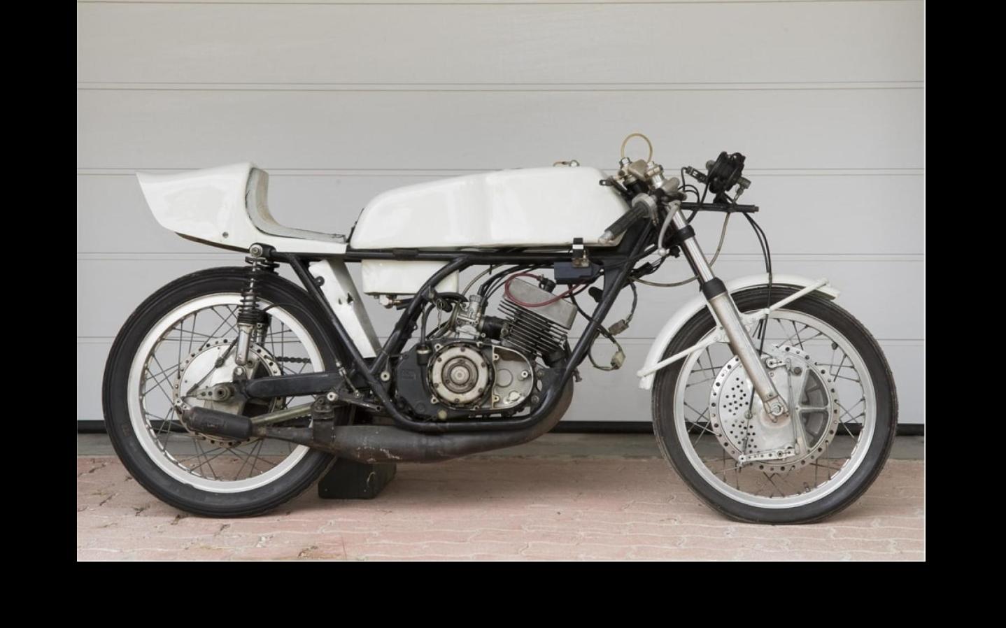 YAMAHA TD3 250cc GP machine