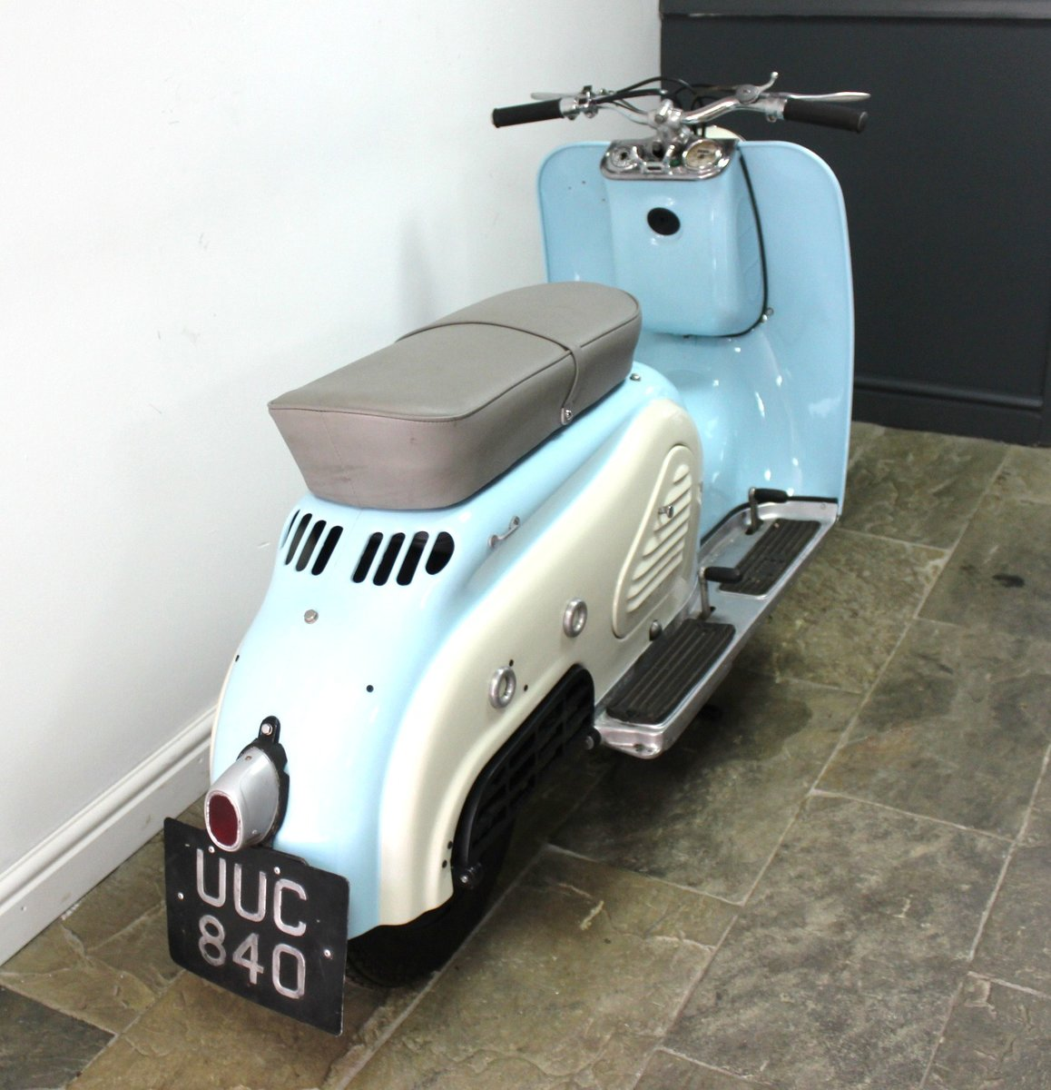 1957 Zundapp Bella R151 150 cc  Four Stroke Scooter For Sale (picture 2 of 6)