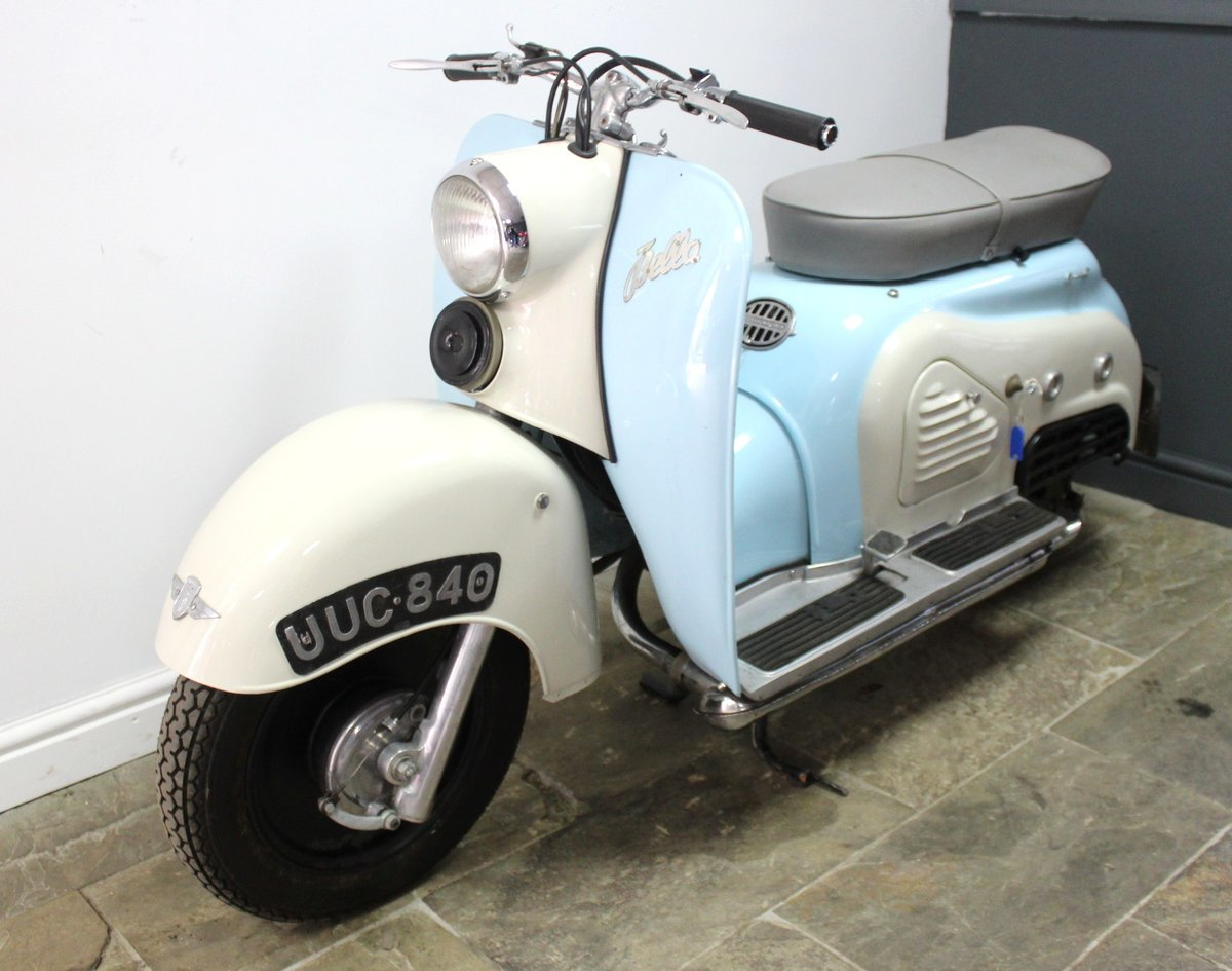 1957 Zundapp Bella R151 150 cc  Four Stroke Scooter For Sale (picture 3 of 6)