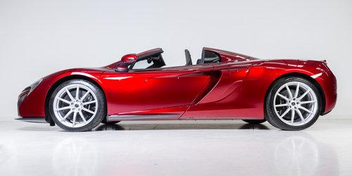 2015 Volcano Red McLaren 650S Spider - Interior Carbon Fibre For Sale (picture 2 of 6)
