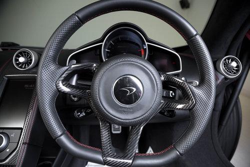 2015 Volcano Red McLaren 650S Spider - Interior Carbon Fibre For Sale (picture 5 of 6)