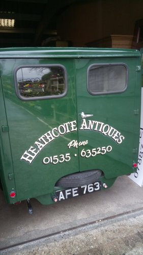 Traditional Signwriting  (picture 4 of 4)