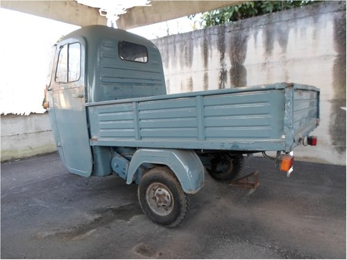 1967 Flat bed Cario compartment x Piaggio Ape Storica For Sale (picture 1 of 6)