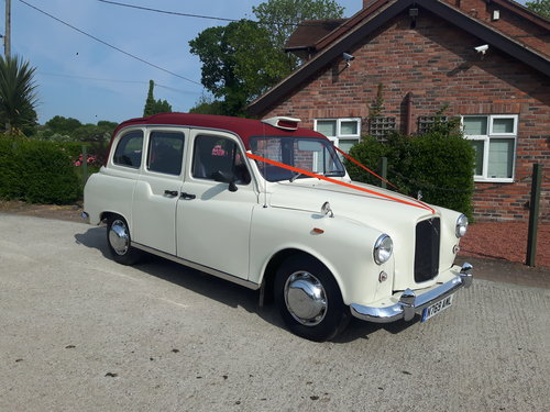 1995 LONDON TAXI - CONVERTIBLE - WEDDING CAR For Sale (picture 1 of 6)