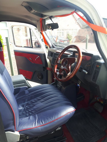 1995 LONDON TAXI - CONVERTIBLE - WEDDING CAR For Sale (picture 4 of 6)