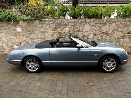 2005 FORD THUNDERBIRD CONVERTIBLE 50TH ANNIV EDT Hard & Soft top SOLD (picture 1 of 6)
