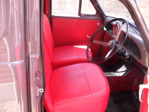 1964 Morris Minor Van For Sale (picture 4 of 6)