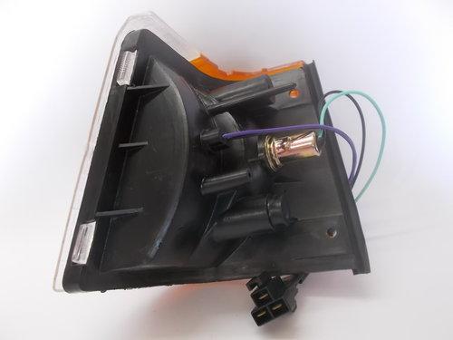 1981 Corner Lamp/ Indicator Unit For Sale (picture 6 of 6)