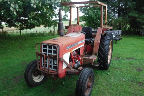 1972 INTERNATIONAL 454 AFFORDABLE TRACTOR CAN DROP SEE VID