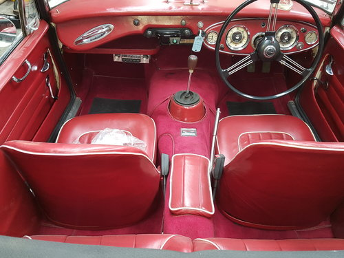 1963 Austin Healey 3000 Mk2 BJ7  in Old English White For Sale (picture 6 of 6)