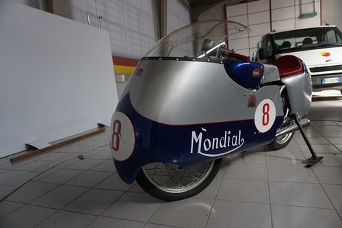 Mondial 220 RaceBike SOLD (picture 1 of 6)