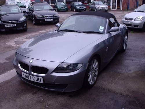 2007 BMW Z4 in Silver Grey Metallic For Sale (picture 3 of 6)