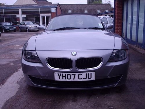 2007 BMW Z4 in Silver Grey Metallic For Sale (picture 4 of 6)