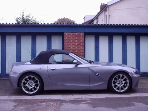 2007 BMW Z4 in Silver Grey Metallic For Sale (picture 1 of 6)
