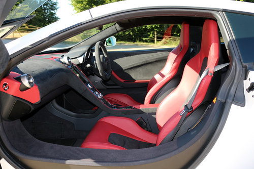2017 McLaren 650S V8 Coupe Low Mileage with Excellent Spec SOLD (picture 3 of 6)