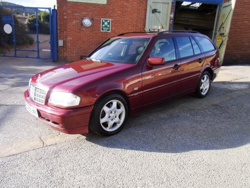 1999 Mercedes-Benz C180 Estate Auto SOLD (picture 1 of 6)
