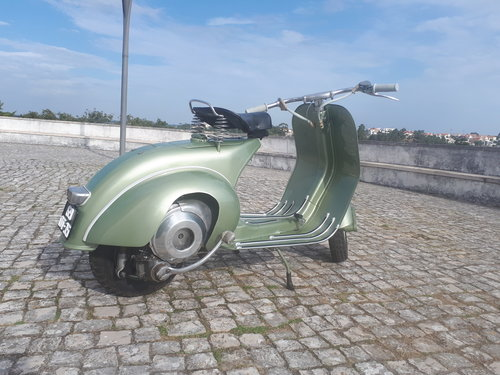 1951 Vespa VM1T Faro basso in very good condition For Sale (picture 2 of 5)